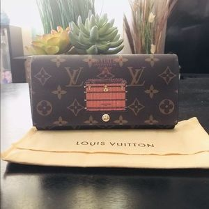 Louis Vuitton limited edition trunk Sara wallet
